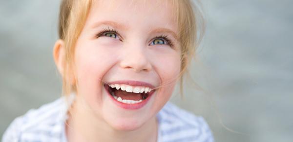 Hasil gambar untuk anak tertawa